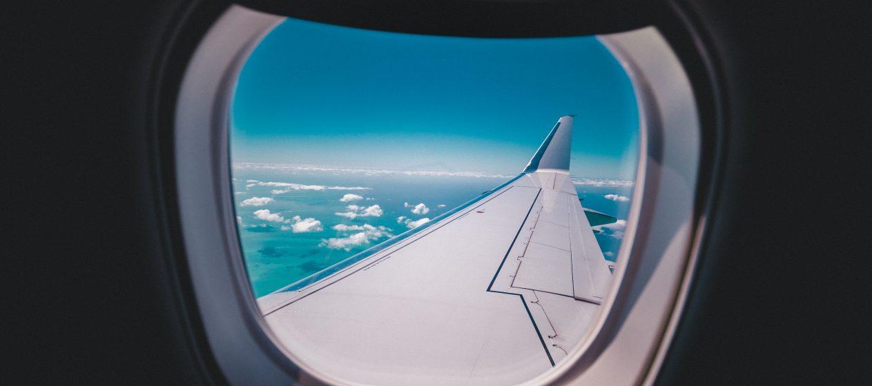 hublot_avion