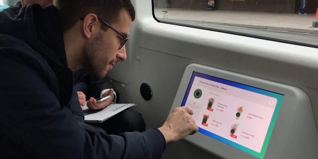 ecran tactile taxi autonome navya
