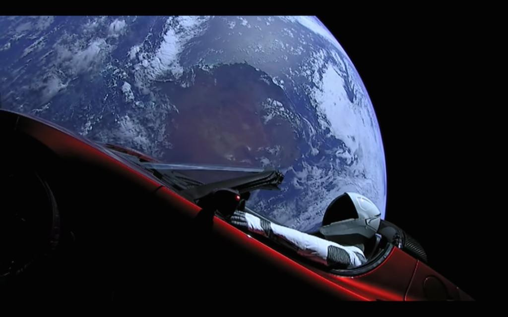 SpaceX : Starman déambule dans l'espace au volant de sa Tesla