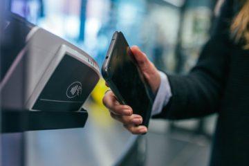 Des-l-automne-le-reseau-francilien-adopte-le-smartphone-comme-titre-de-transport