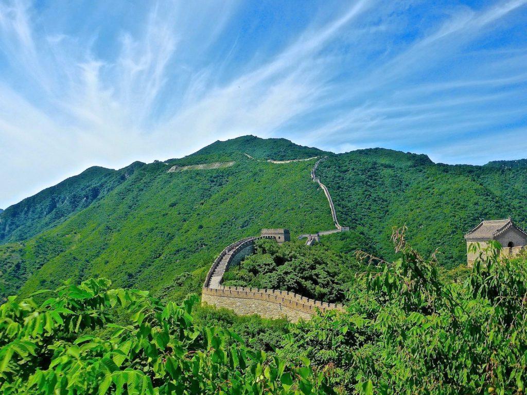 Intel-deploie-ses-drones-pour-restaurer-une-partie-de-la-muraille-de-Chine