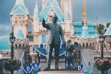 Disneyland-paris-en-quete-de-startups-pour-optimiser-experience-client